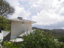 Hawks Nest & Cottage
