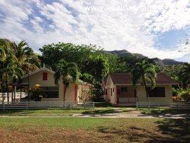 Kingsville Cottages (Opt. 2)