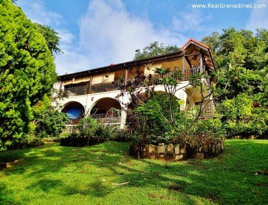 Fairhall Villa
